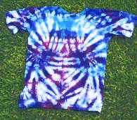 example of tie-dyed tee with mirror double spiral
